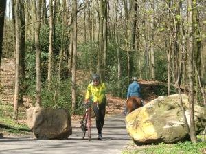 wandelaar in actie tijdens beklimming Duivelsbosch