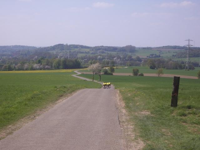 Groen-geel lint door het zuidlimburgse landschap