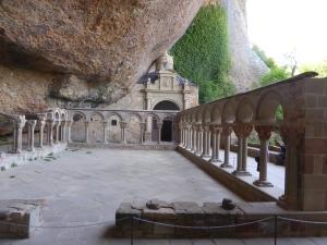 klooster San Juan de la Pena