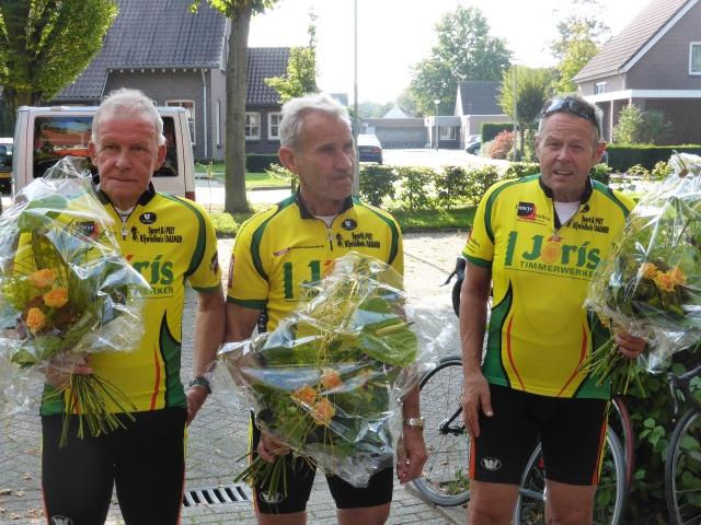 vlnr Piet (2), Wim(1) en Maan (2)